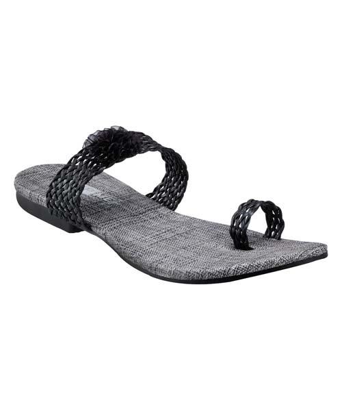 Yepme Black Sandals
