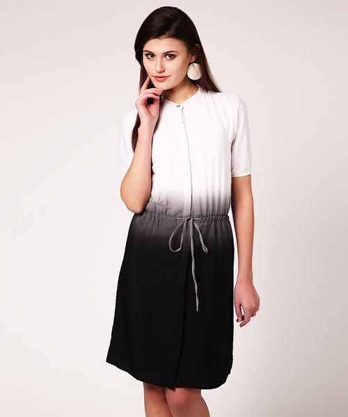 Yepme Elena Ombre Dress - White & Black