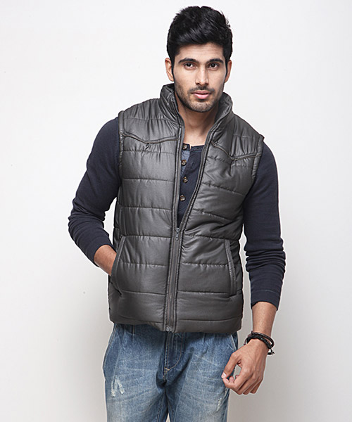 Yepme Carrick Sleeveless Jacket - Green