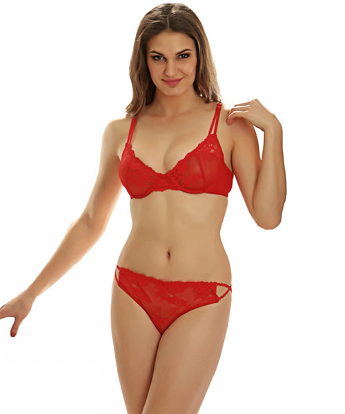 fac8ab3ec1 Clovia Set Of Bra And Panty  Sexy Non Padded Underwired Bra and ...