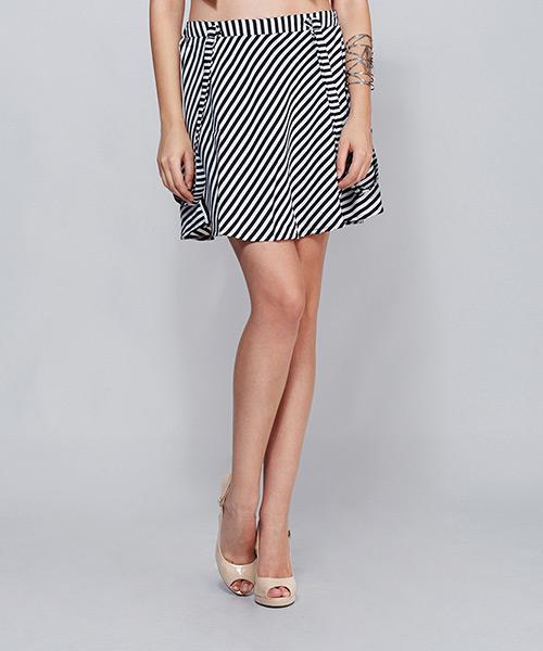 Yepme Lena Suspender Skirt - Black & White