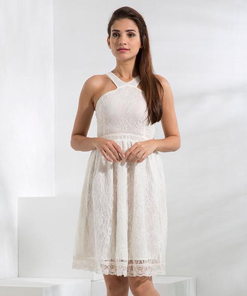 Yepme Kylie Slim Fit Lace Dress - White